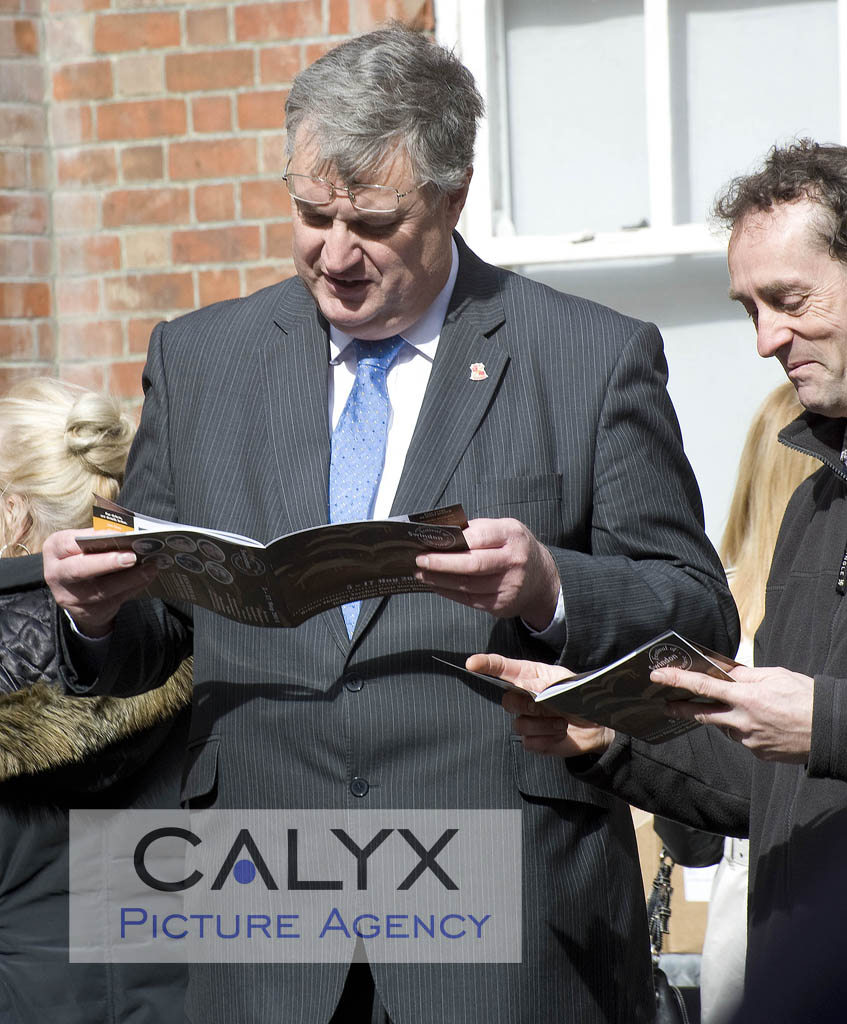 ©calyx_Pictures_Swindon Festival of Literature 2014 launch 5436